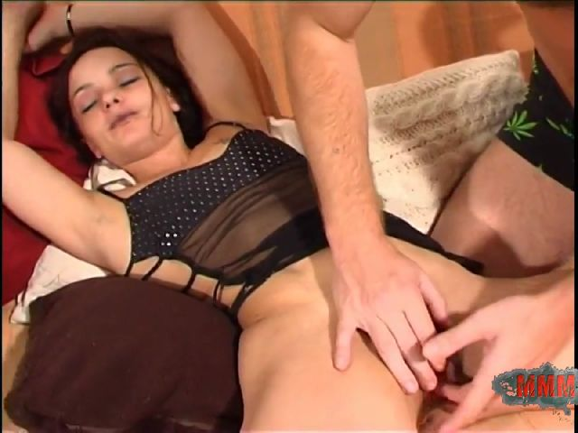 Porn video :   Alicya Terry Sofa photo 02