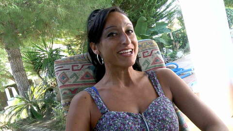 Video de l'interview sexy avec Coral J...