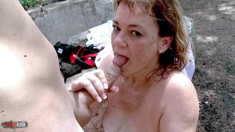 Mamie veut de la queue sur Videos Sexe de Vieilles