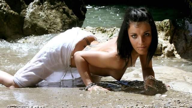 Jordanne Kali Photo 5