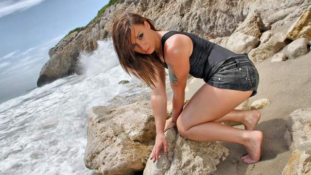 Kim Equinoxx Photo 2