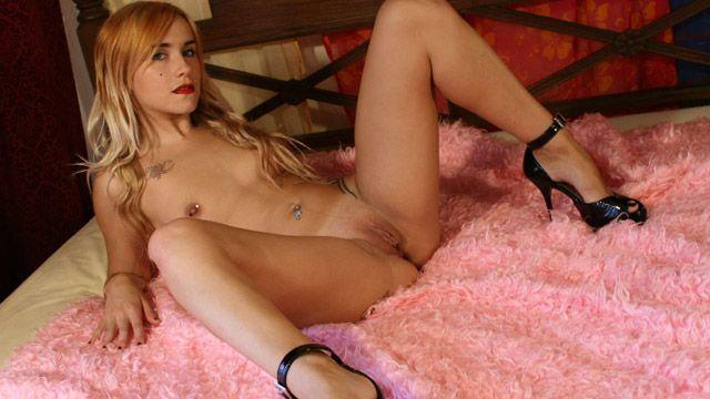 Leyla Black Photo 5