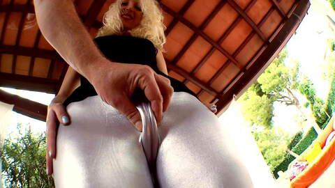 Leggings, pied de chameau et chatte ou...photo 1