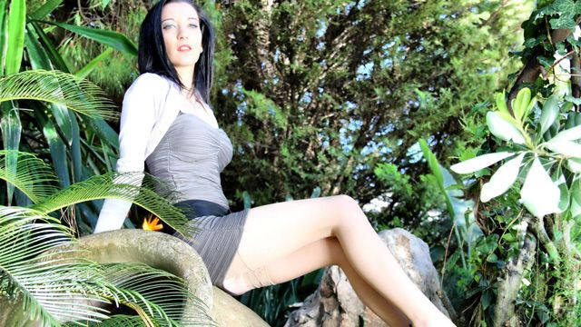Tania Kiss Photo 5